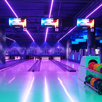 Entertainment Center Ost Bowling Universum